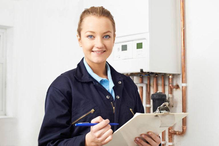 gas safety certificate checklist with gas engineer